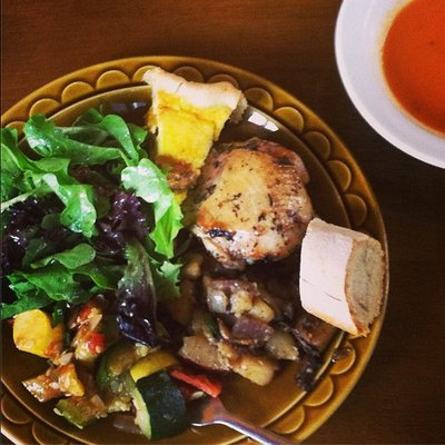 Potager_Cafe_Little_bit_of_everything_plate[1]