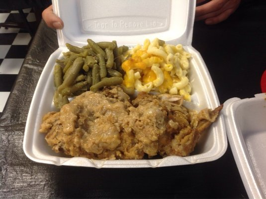 Sistah's Mississippi Style BBQ Smothered chicken green beans mac n cheese