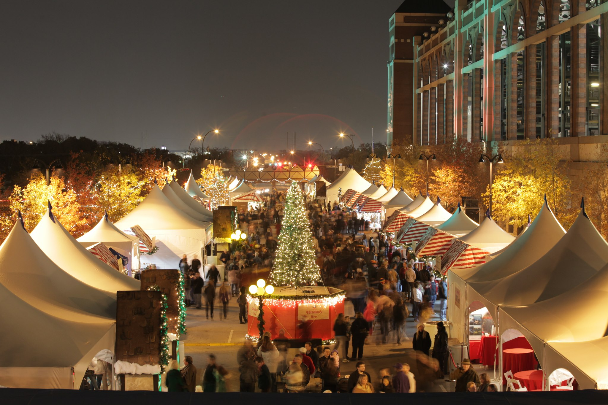 The Best Holiday Events Around DFW!