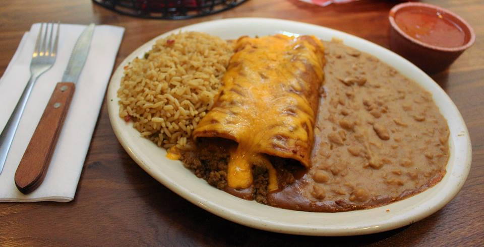 Candelite_Inn_Beef_Enchiladas_with_rice_and_beans[1]