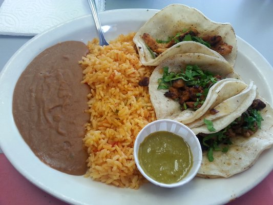 Dannys_tacos_and_grill_Three_taco_special[1]